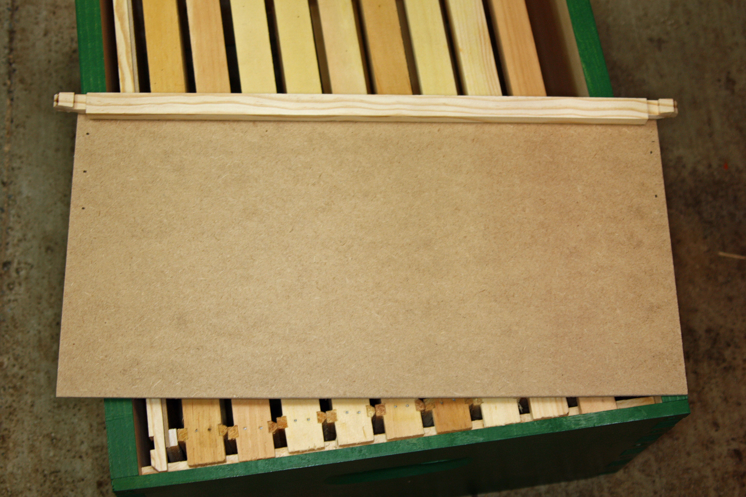 How to make follower boards for a Langstroth hive - Honey ...